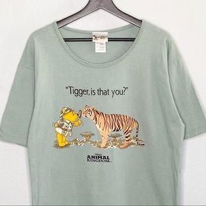 Walt Disney World Winnie the Pooh and Tiger Shirt